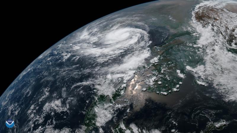 essay on super cyclone phailin
