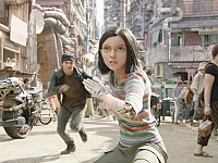 ON THE SCREEN: 'ALITA' A DAZZLING SPECTACLE WITH BIG EYES, BOLD MOVES AND A TENDER HEART