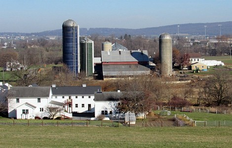 SPIRITUALITY ON THE LAND: AMISH FARMERS HAVE A