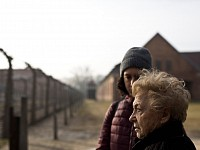 LIFESTORY: SORROW AND TRIUMPH - AN AUSCHWITZ SURVIVOR'S JOURNEY BACK TO A FORMER HELL