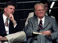 SIGHT-SEEING: 10 QUOTES BY AND ABOUT BILLY GRAHAM