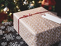 THIS LIFE: WOULD YOU GIVE UP GIVING GIFTS THIS CHRISTMAS?