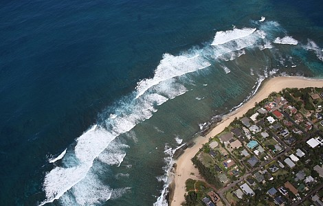 CLIMATE: IN THE US, MENTAL STRESS ON RISE AS COASTAL TOWNS CONFRONT SURGING THREATS