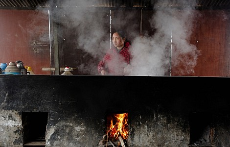 Dirty secret: Half of world lacks clean cooking, at a huge cost