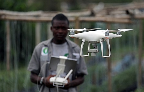 AGRICULTURE: INNOVATION RUSH AIMS TO HELP FARMERS, RICH AND POOR, BEAT CLIMATE CHANGE