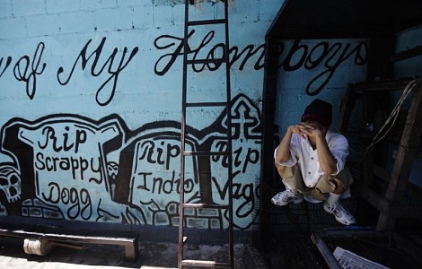 CENTRAL AMERICA: FLEEING URBAN GANGS, PEOPLE HEAD TO THE COUNTRY
