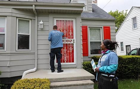 HOUSING: DOOR-KNOCKING NEIGHBOURS HELP AVERT HOME SEIZURES IN THE US CITY OF DETROIT