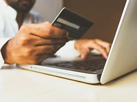 Sight Helpdesk: Shopping online to stay safe during the pandemic? Here are 10 tips for avoiding scams