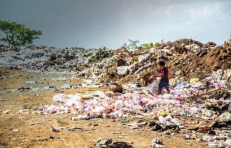A RUBBISH CAMPAIGN: TEAR AUSTRALIA CALLS FOR ACTION ON PLASTIC POLLUTION