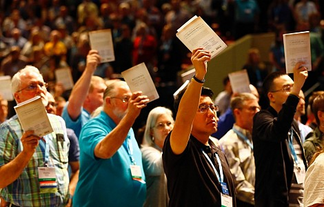 Southern Baptists: Without annual meeting, amid decline, debates continue on race, women's roles