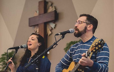 MUSIC: CENTER FOR CONGREGATIONAL SONG LAUNCHES IN US AS ANTIDOTE TO 'WORSHIP WARS'